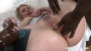 PAWG's ass solo and multiple penetration IR GB