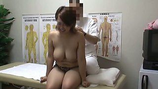 Big titted babe enjoys inner massage on hot hidden cam porn