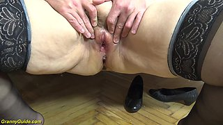 Extreme creampie with chubby 60 years old mom