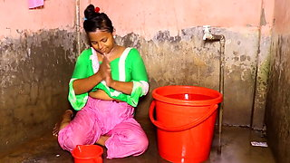 Sexi village bhabi take open bath.