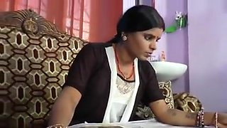 Desi horny housewife bathing with devar