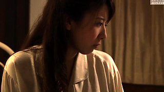 Sultry Japanese housewife braces herself for a deep pounding