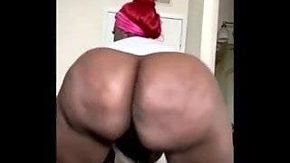 Big Tiger Pussy gaping