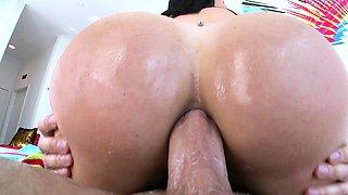 TRUE ANAL Big booty pounding with Brooke Beretta