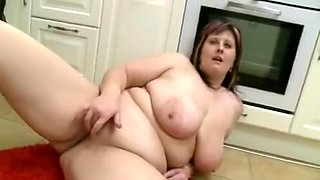 bulky mama shows her body in kitchen