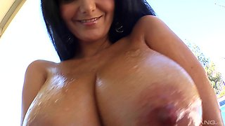Ava Addams is a mature woman ready to suck a boner