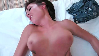 Chase Ryder getting banged and receiving sperm on her ass