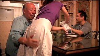 Japans vrouw cuckold voor haar blinde man (zie meer: bit.ly2pqv2fl)