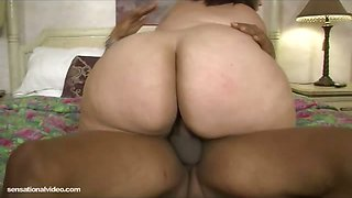 Jazmine Torres - Squirting on a Big Black Cock