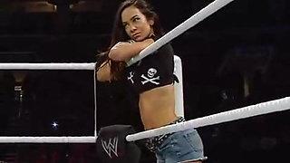 WWE - AJ Lee