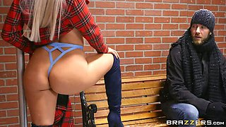 Idiot Lady froze her ass to Bus Station! - Abella  s Hard Ass