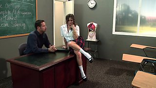 Brazzers - Big Tits at School -  Smart Pussy