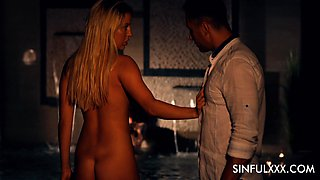 Super exciting sapphic video featuring hottest babe Sienna Day