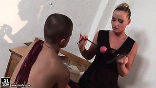 Kathia Nobili is punishing baldheaded Sinead