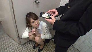 Female teacher seduce student in toilet