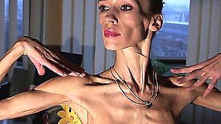Anorexic Milf Inna 19
