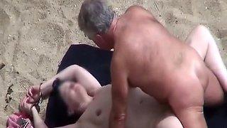 Old man fucking his wife in beach