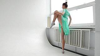 Horny Dressed Flexible Brunette Alla Sinichka