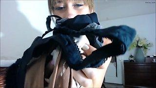 Dirty pantie sniffer