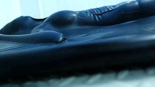 Xiaomeng Vacuum Bed Breathplay