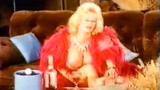 Lotta Topp Elegant rich Mature with big Boobs, Big Clit, Big at all!