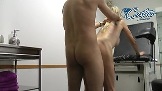 Gynecologist fuck horny blonde MILF with saggy tits