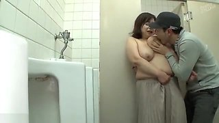 bbw mature play in toilet