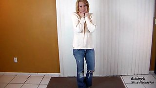 POV CFNM blowjob and swallow the semen as a thank you for a new sweater