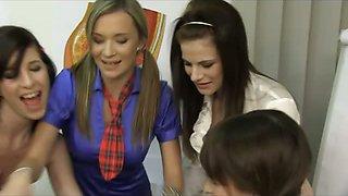 CFNM Action with 5 Schoolgirls