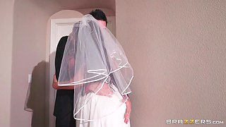 horny bride was brutally fucked right after the wedding ceremony