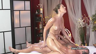 Milf beauty got massage and cumshot