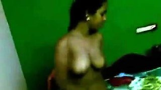 Indian Aunty Teasing Her Body For The Camera