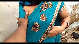 INDIAN AUNTY BOOBS AND PUSSY SHOW WITHOUT FACE